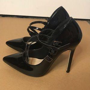 Black buckle strap heel - Size 8 - Shoedazzle